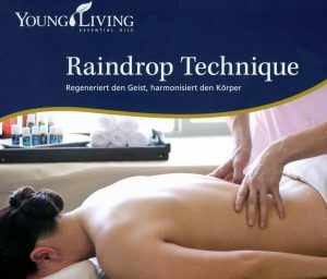 Rainrdop Technique Massage mit Young Living Ölen in Berlin - Angebote und Preise des Atelier Healing Arts Berlin